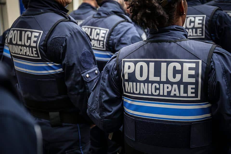 Les policiers municipaux ont besoin de matériel approprié